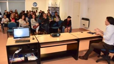 Pablo Furnari brindó el taller sobre estrategias de exportación.