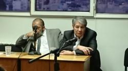 Romero (a la derecha) dio su versión de los hechos ocurridos en la tapicería