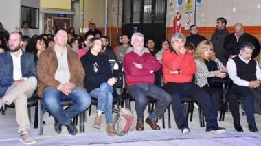 """Durante la celebración se homenajeó a ex – directivos y profesores y se inauguró un nuevo espacio educativo para el dictado de la capacitación de """"Radioaficionados""""."""