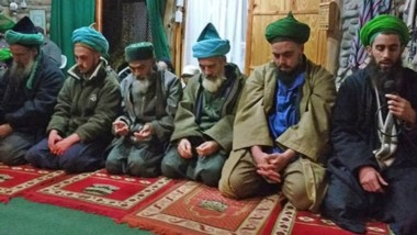 Fe. Una postal de los seguidores de Mahoma en la mezquita más austral del mundo, que conserva varias tradiciones.