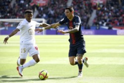 PSG no se encuentra y apenas rescató un punto en casa ante el Niza.