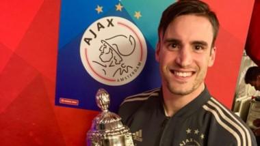 Tafliafico con la Copa. Ajax sueña con la triple corona sumando Champions y Liga (está puntero junto a PSV).