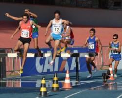 Diogo participará en 3 pruebas: 400 mts y las postas 4x100 y 4x400.