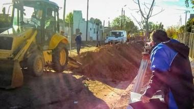 Beneficiará a unas 300 familias que viven en los barrios ubicados en ese sector. Esperan finalizarla en 45 días.