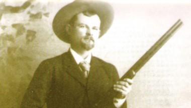Tirador. El sheriff Sheffield fue un experto con las armas de fuego.