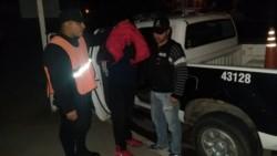 El hombre, una vez detenido, fue trasladado a dependencias de la comisaría séptima.