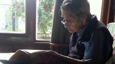 La abuela Antonia se informaba a diario y escuchaba la radio.