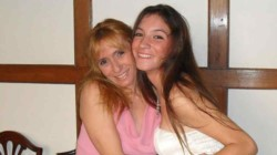 Jimena Aduriz junto a su hija Ángeles Rawson.