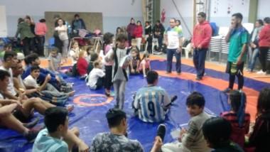 La Escuela Municipal de lucha olímpica de Rawson participó de encuentro en el Ceyddet de Trelew.
