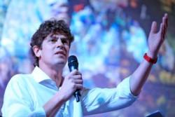 Martín Lousteau encabezará la lista de candidatos a senadores porteños en Cambiemos-