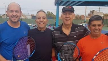 """Marcelo Eckhardt y Laly Maza, dos de los habituales tenistas del club sueñan con este """"Torneo Invierno""""."""