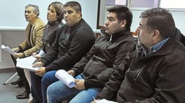 Grupo. Desde la izquierda, Arévalo, Barragán, Bidera Arévalo, Bertini Salinas y Bertini Rivas, en Tribunales.