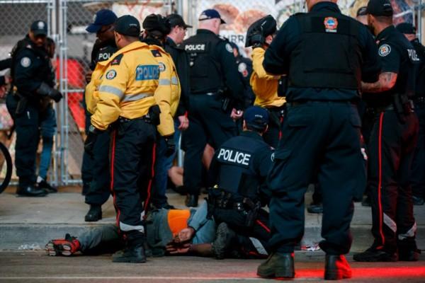 Varios heridos por tiroteo en plena celebración de Toronto Raptors.
