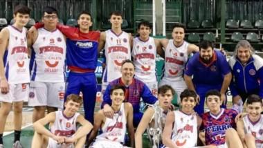"""La """"Maquinita"""" fue el mejor equipo del Final Four y se proclamó campeón en Comodoro Rivadavia."""