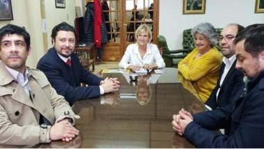 La vicerectora Mónica Freile con sus pares de universidades chilenas.