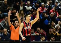 San Lorenzo lidera la serie final de la Liga Nacional por 1-0.