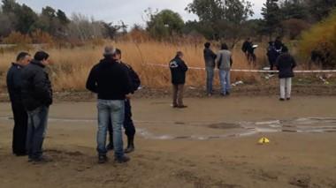 Pesquisa. El cuerpo sin vida de la joven de 19 años fue hallado en la extensión del barrio Moure.