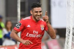 Toto Salvio aceptó el ofrecimiento de Boca para volver a Argentina.
