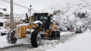 Con la llegada del invierno empiezan a caer las primeras nevadas en algunas rutas de la provincia.