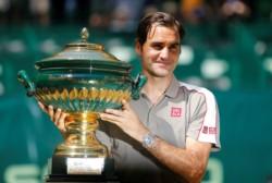Federer ganó su título N°102, para quedar a 7 del récord de Connors.