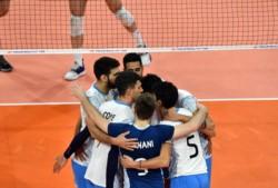Argentina aplastó a Serbia y cierra un enorme weekend en Italia.