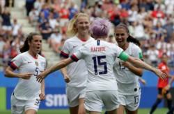 Estados Unidos ratificó su favoritismo y eliminó a España para meterse en los cuartos de final.