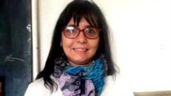 La docente Carolina Gutiérrez fue desplazada del establecimiento a pedido de los padres de sus alumnos.