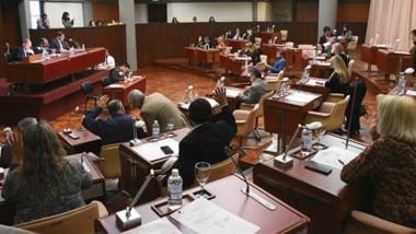 Durante la sesión de ayer también ingresó el proyecto para la reestructuración de la deuda de la provincia.