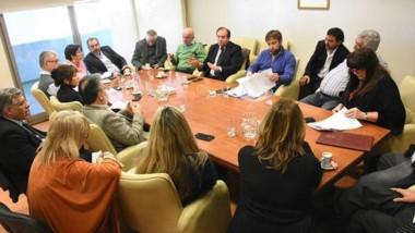 El equipo económico acordó con los diputados acercar toda la información necesaria sobre la deuda.