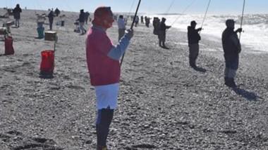 Los cañófilos se darán cita bajo el monumento a las toninas de Playa Unión el domingo 21 de julio.