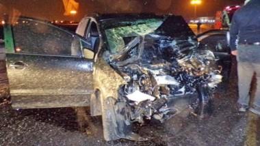 """El conductor del rodado fue extraído en grave estado y murió en el Hospital Zonal """"Adolfo Margara"""". (Gentileza: @radio3trelew)"""