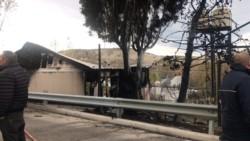 Dos muertos. El fuego consumió la vivienda en Kilómetro 5 (foto @ornellavezzoso)
