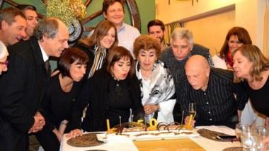 A la cena aniversario asistieron quienes trabajan activamente y quienes han marcado la vida de la entidad.