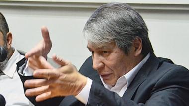 Gestos. El penalista Romero fue separado de su cargo docente y por ahora ya no cobrará ese sueldo.