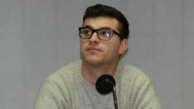 Maximiliano Larrabaster eligió a Oscar Romero como su defensor.