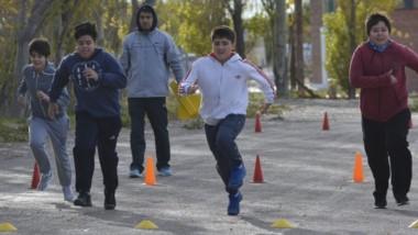 La Pista de Atletismo Municipal de Rawson fue el punto de encuentro para los atletas con discapacidad.