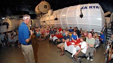 Los jóvenes Becados por la embajada de EE.UU.,  recibirán un entrenamiento  similar a los astronautas.
