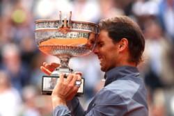 Nadal se convierte en el primer tenista que gana 12 veces un mismo Grand Slam. El balear supera a Margaret Court.