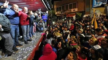 Aunque al inicio del conteo hubo algo de incertidumbre, finalmente en Puerto Madryn Gustavo Sastre consolidó su triunfo y festejó.