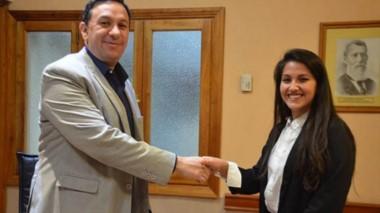 Saludos. Ambos jefes comunales se saludaron y quieren tejer una buena relación institucional.