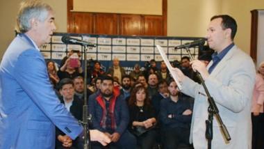 El intendente dijo que busca profesionalizar el gabinete y apuntó contra las políticas nacionales de Macri.