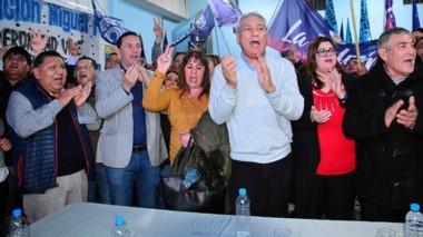El lanzamiento para diputado nacional del dirigente mercantil en la Vecinal del barrio Unión de Trelew.