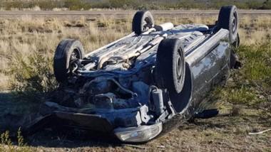 Así quedó el automóvil a cuyo bordo iba el joven ileso como único ocupante con dirección a Sierra Grande.