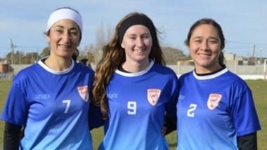 De izquierda a derecha: Eva Schmid, Nicol Jones y Vanesa Wodicka.
