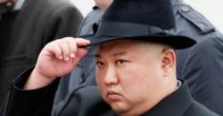 Kim con un sombrero típicamente occidental como el que usaba Mijail Gorbachov antes de asumir el control de la ex URSS.