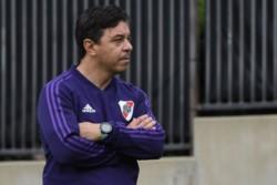 Gallardo pidió mantener al plantel y que hagan un esfuerzo por Paulo Díaz.