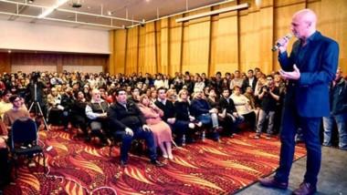"""El ex gobernador y candidato a intendente de Comodoro hizo la convocatoria para una """"gran acuerdo""""."""