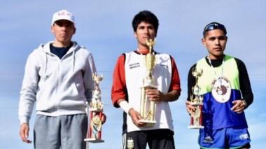 Víctor Huanca, Ariel Creton y Javier Gómez, podio de los 10K caballeros.