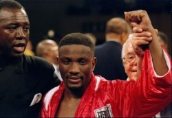 Fallece a los 55 años de edad Pernell Whitaker, ganador del oro olímpico en 1984.