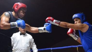 La pequeña comunidad de Ricardo Rojas vivió su primer festival de box con la presencia del gobernador.